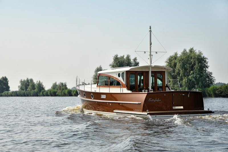 seriousyachts-gently-36-hardtop-10.jpg
