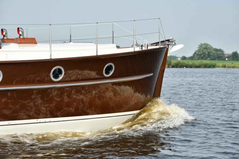 seriousyachts-gently-36-hardtop-15.jpg