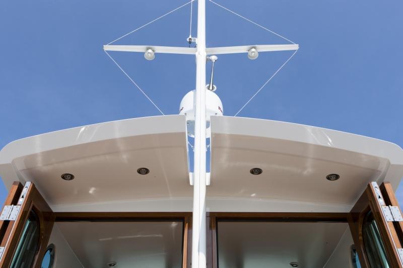 seriousyachts-gently-36-hardtop-31.jpg