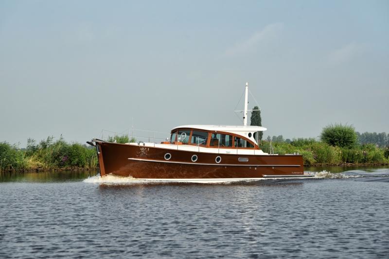 seriousyachts-gently-36-hardtop-5.jpg